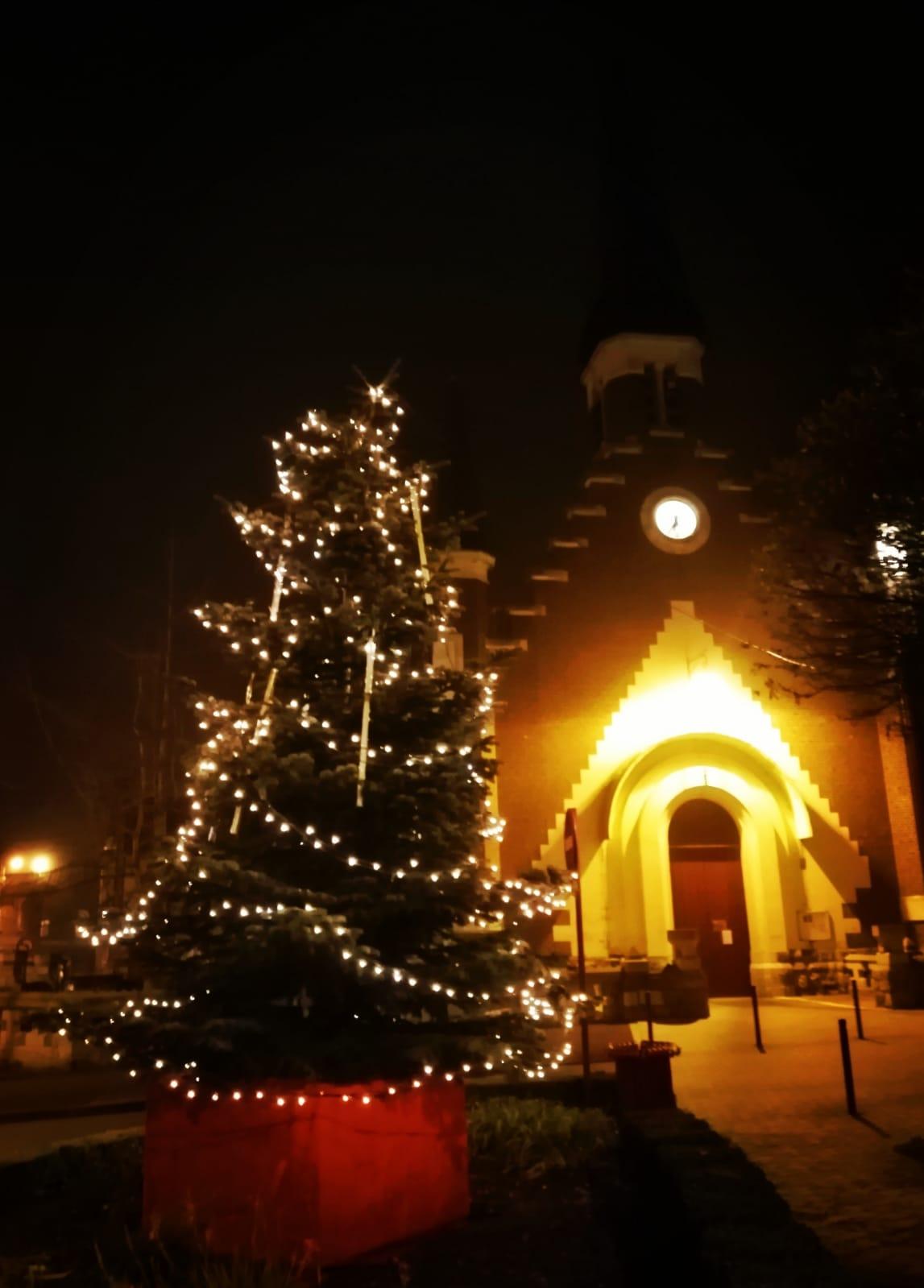 La commune s'illumine pour les fêtes de fin d'année
